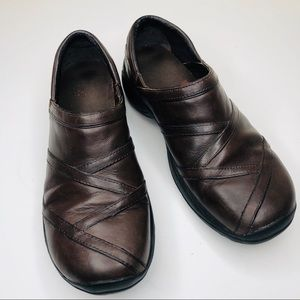 Merrell Encore Eclipse Brown Leather Clogs Slip On